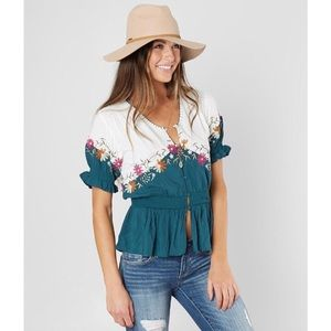 Gimmicks- Floral Embroidered Top